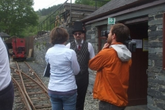 … while Richard talks to some of the film crew.