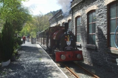 … while Jack makes a gentle start with a returning load of passengers to Corris.