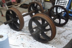 Wednesday, 12.9.2018. Yesterday, it was the turn of the wheelsets of the Heritage waggon to be cleaned, de-greased and painted.