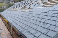 Meanwhile, at Corris, the front of the Coach House roof has progressed …