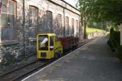 … where before long, No. 9 is used to position the Heritage Waggons for the later Gravity Train …
