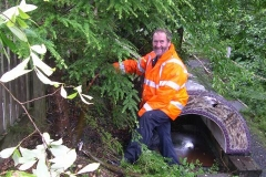 … and Richard are very happy to be making an early start on clearing rampant vegetation around Maespoeth North Platform!