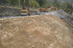 … as is the embankment! However, Richard is required elsewhere, rain is forecast and the site is temporarily closed down for a future day – but when