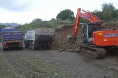 Southern Extension. Pont y Goedwig Deviation Project. Monday, 13.9.2021. Lorries line up for loading in Dolgellau ...