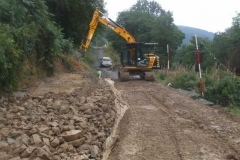 Tuesday, 14.9.2021. ... ensuring a good supply of coarse stone for the next drainage  foundation layer ...