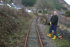 … while Mike has transferred his attention to Maes y Llan bank, Corris.