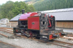 No. 7 takes on the appearance of a quarry Hunslet in the yard!