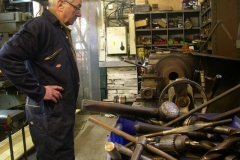 … with Bob starting on another carriage axlebox …