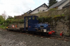No.6 becomes the first loco into the original Corris Station in 68 years.