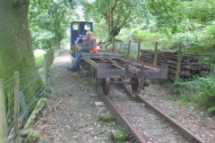 … after having extracted a waggon chassis with a view to renovation. Richard awaits a lift back up to Corris!