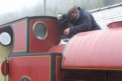 … giving No. 7's boiler a wash out …