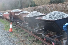 By the end of the day, all ballast waggons are loaded, ready for a later working party.
