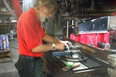 … while Stevie drills the remaining coupling pins …