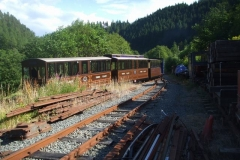 The roof line of the carriages emphasises the change in gradient from Maespoeth Bank to the Carriage Shed access!