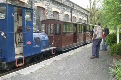 …while Patrick has propelled the carriages up to the North Platform with No. 6, after Ifor has examined them. Amanda has just put the brakes on.