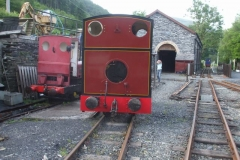 … and Bob re-positions No. 7 to free up No. 6 to collect the carriages …