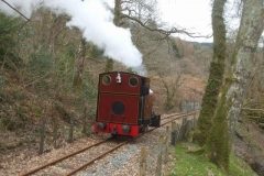 … before Trefor and Patrick take No. 7 on a very quiet trial run to Corris …