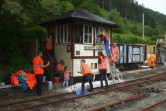 Saturday, 1.6.2019. The TR Tracksiders make their annual appearance, this year (almost) completing the re-painting of the Signal Box …