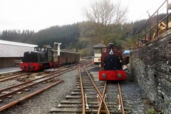 No. 11 and No. 7 wait at Maespoeth