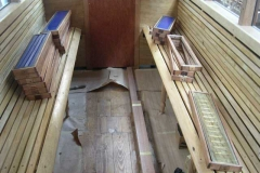 The seats in the southern compartment of carriage No. 22 have been completed …