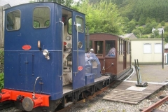 Monday, 3.8.15. Unfortunately, we could not muster sufficient qualified staff to operate steam today, so a Diesel service is operated instead.