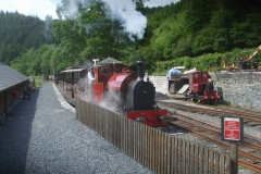 … before setting off with empty coaching stock to Corris.