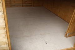 … but Ifor has trimmed down and fitted reinforcing boards on the floor of the new shed.