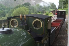 No. 4 then poses with the freight train, while No. 7 storms past on the passenger (and vice-versa) ...