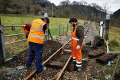 Two track jacks are put in place to aid the removal of the sleepers, which proved rather challenging after being in situ for over 20 years!