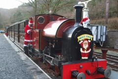 … but before departing, Santa makes a last minute inspection of the loco cab …