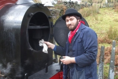 Sunday, 8.12.2019. Sam opens up the smokebox of No. 7 to insert vegetables …