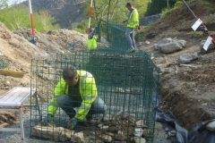 … so that the next batch of gabions can be assembled and a start made on filling the end one …