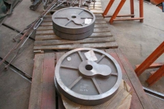 The driving wheels have been cast at Barr & Grosvenor's foundry in Wolverhampton who also arranged the proof machining before delivery to Alan Keef Ltd.