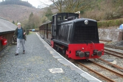 Sunday, 7.4.2019. The practical day starts with trainees being fetched by train from Corris …