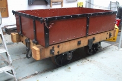 Wednesday, 3.4.2019. Yesterday, the headstocks of the Heritage waggon have been trimmed back to take (the yet to be fabricated) bands to prevent splitting …