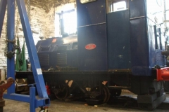Thursday, 9.11.2017. Over the weekend, diesel loco No. 6 has been jacked up and its wheelsets dropped …