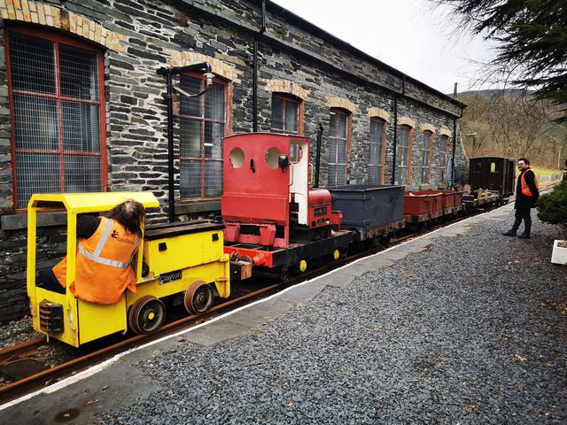 Sunday 14th March. The Sundae gang start the day with a shunt to assemble a suitable works train for the day.