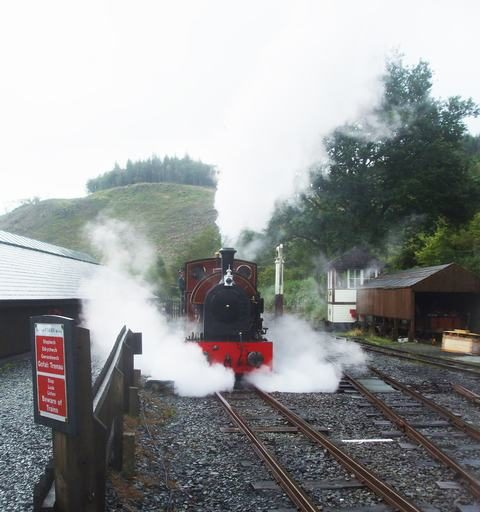 Sunday, 3.10.2021. It is generally wet today, so steam effects are more prominent than usual, whether coming or going!