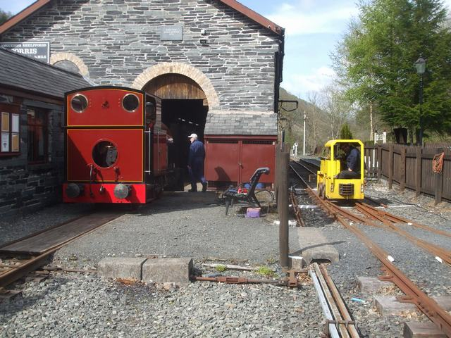 Wednesday, 12.5.2021. No. 7 simmers gently after having new safety valve seatings fabricated by Phil and fitted by Dave and tested.